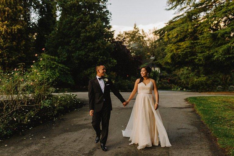 best stanley park wedding portrait