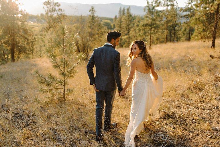 sunset wedding portraits in kelowna