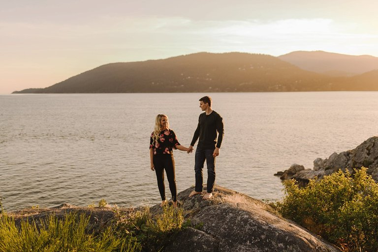 best whytecliff park engagement