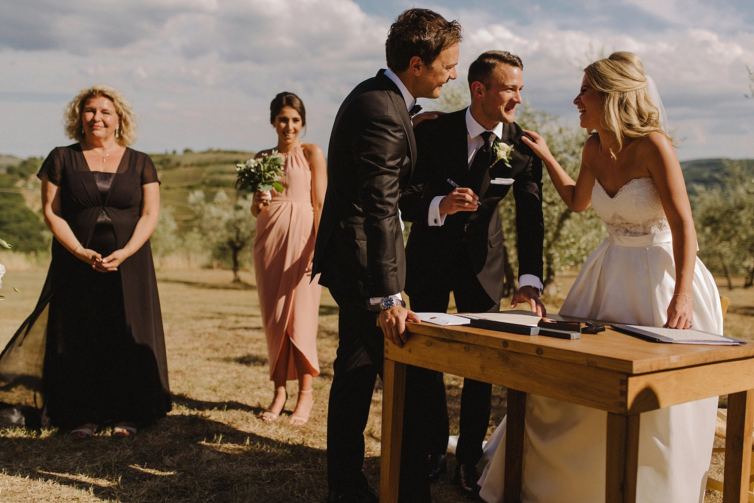 Tuscan wedding photographer