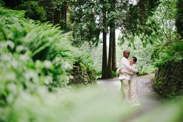fun wedding pictures in vancouver