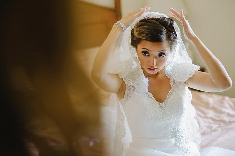 filipino bride getting ready
