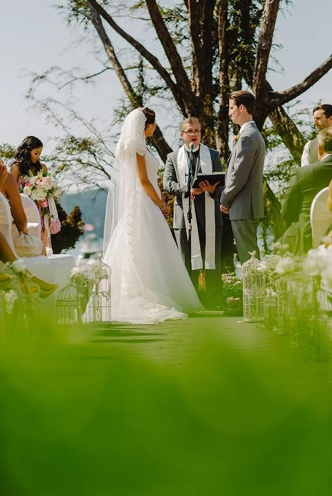 gulf island wedding ceremony