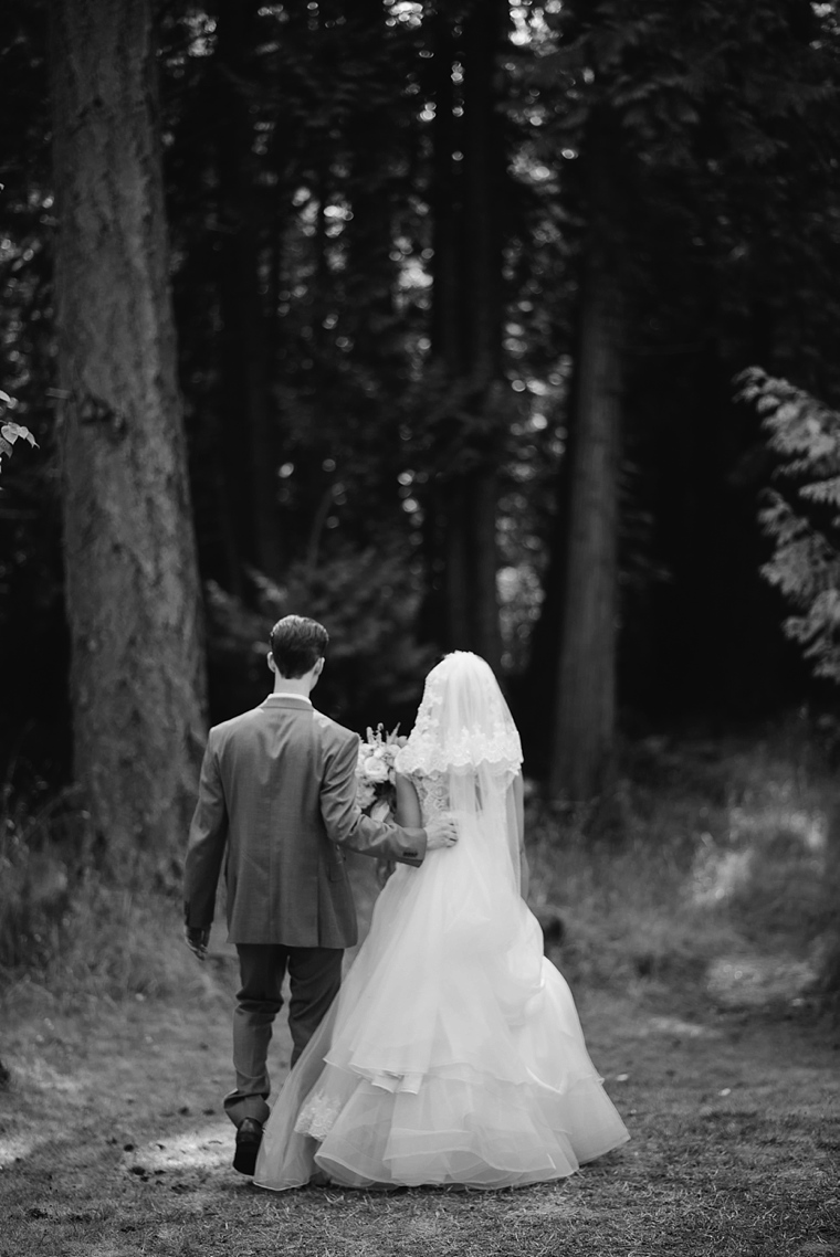 destination wedding portraits in the forest