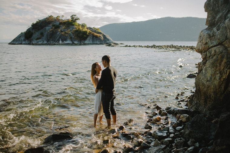 Vancouver Engagement Photographer_0440