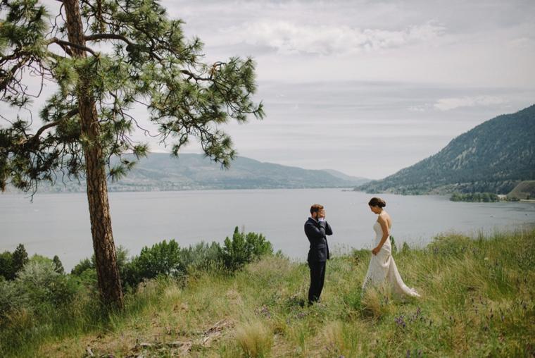 scenic kelowna wedding photography