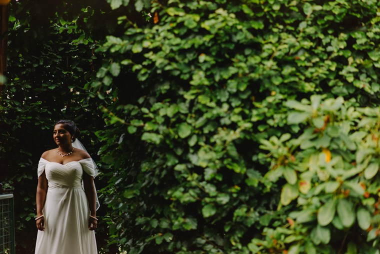 sri lankan bride on her wedding
