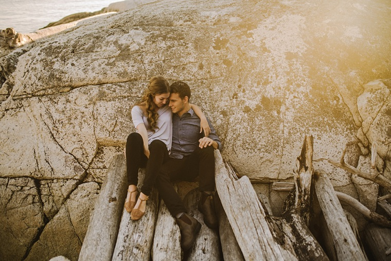 cool vancouver engagement photos