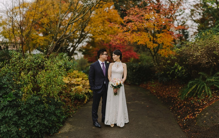 vancouver wedding portrait in queen elizabeth park