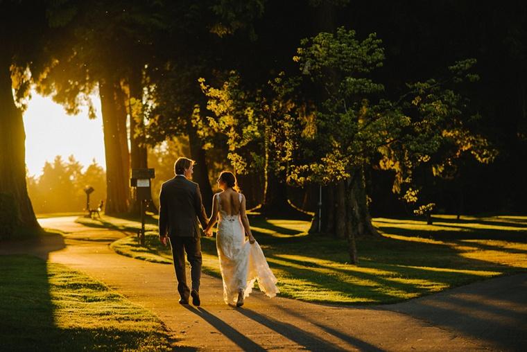 sunset wedding portrait at vancouver golf club