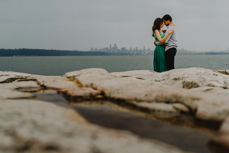 vancouver skyline engagement session