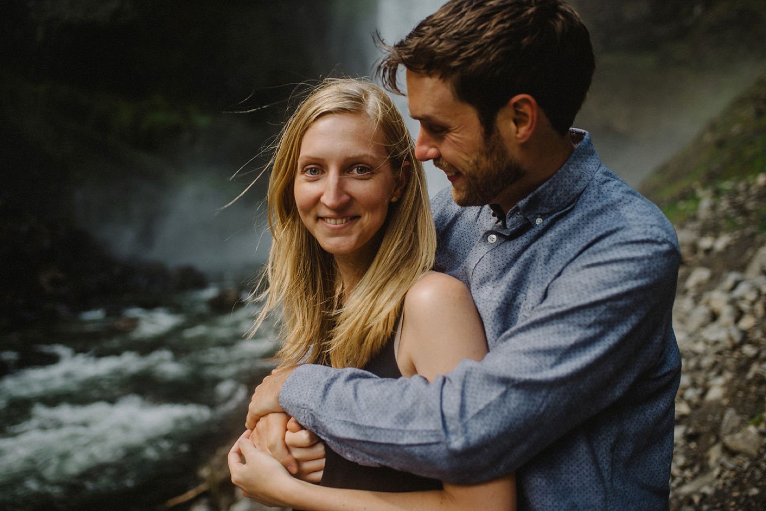 pacific northwest engagement photographer