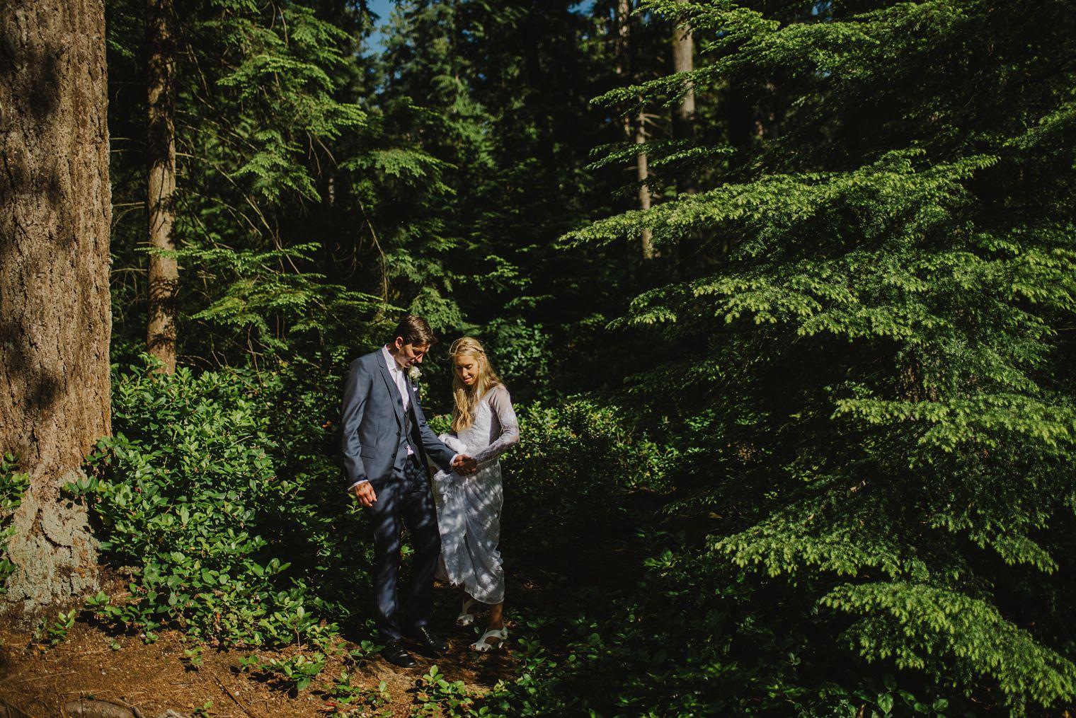 unique stanley park wedding portrait