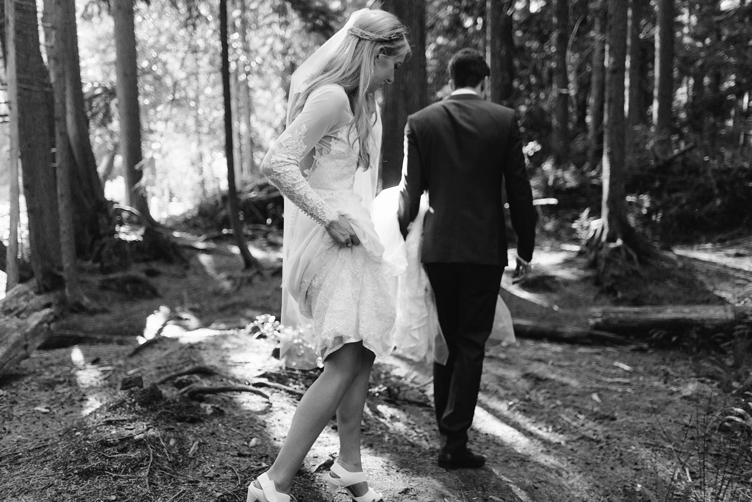 non cheesy vancouver wedding photos