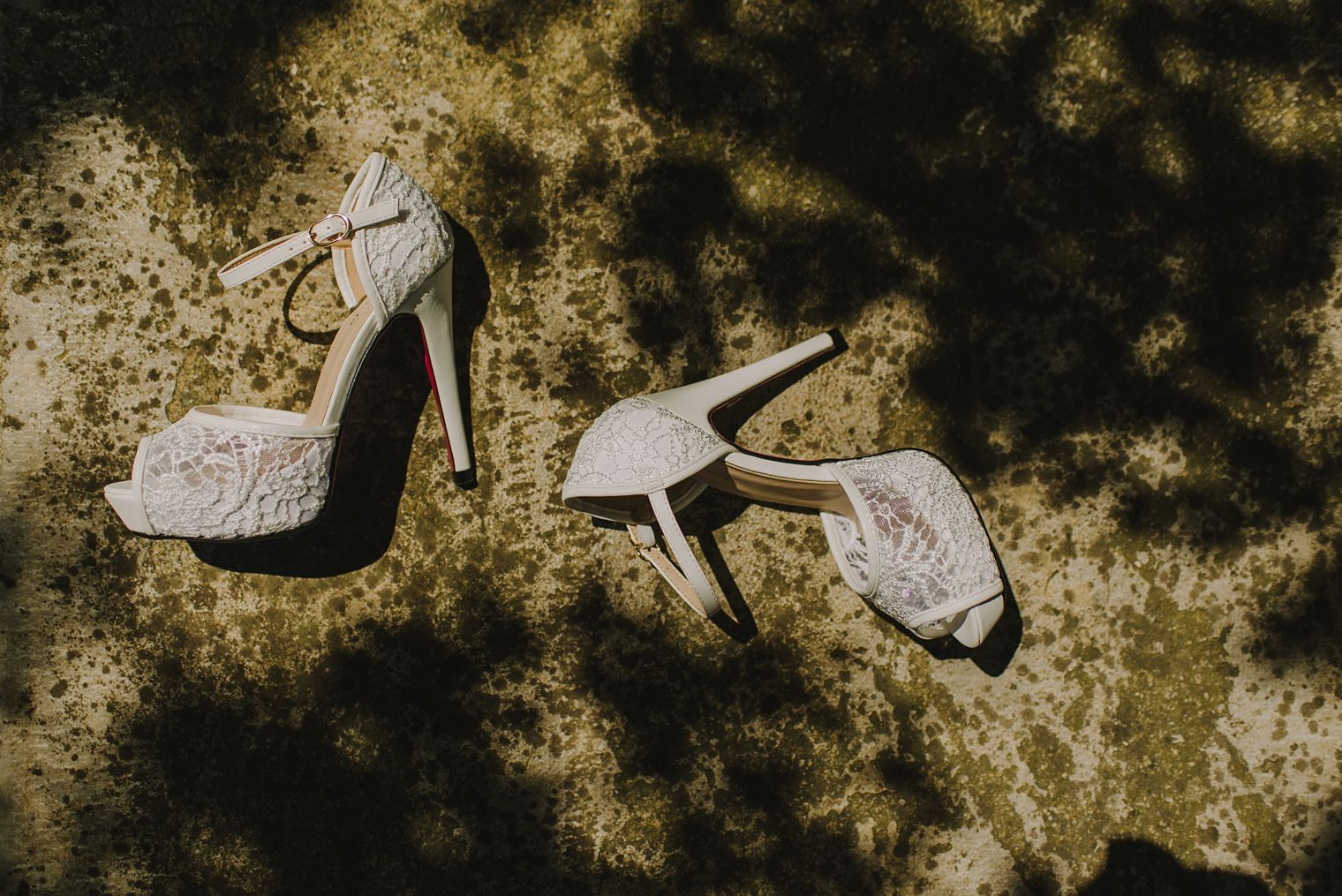 unique white lace wedding shoes