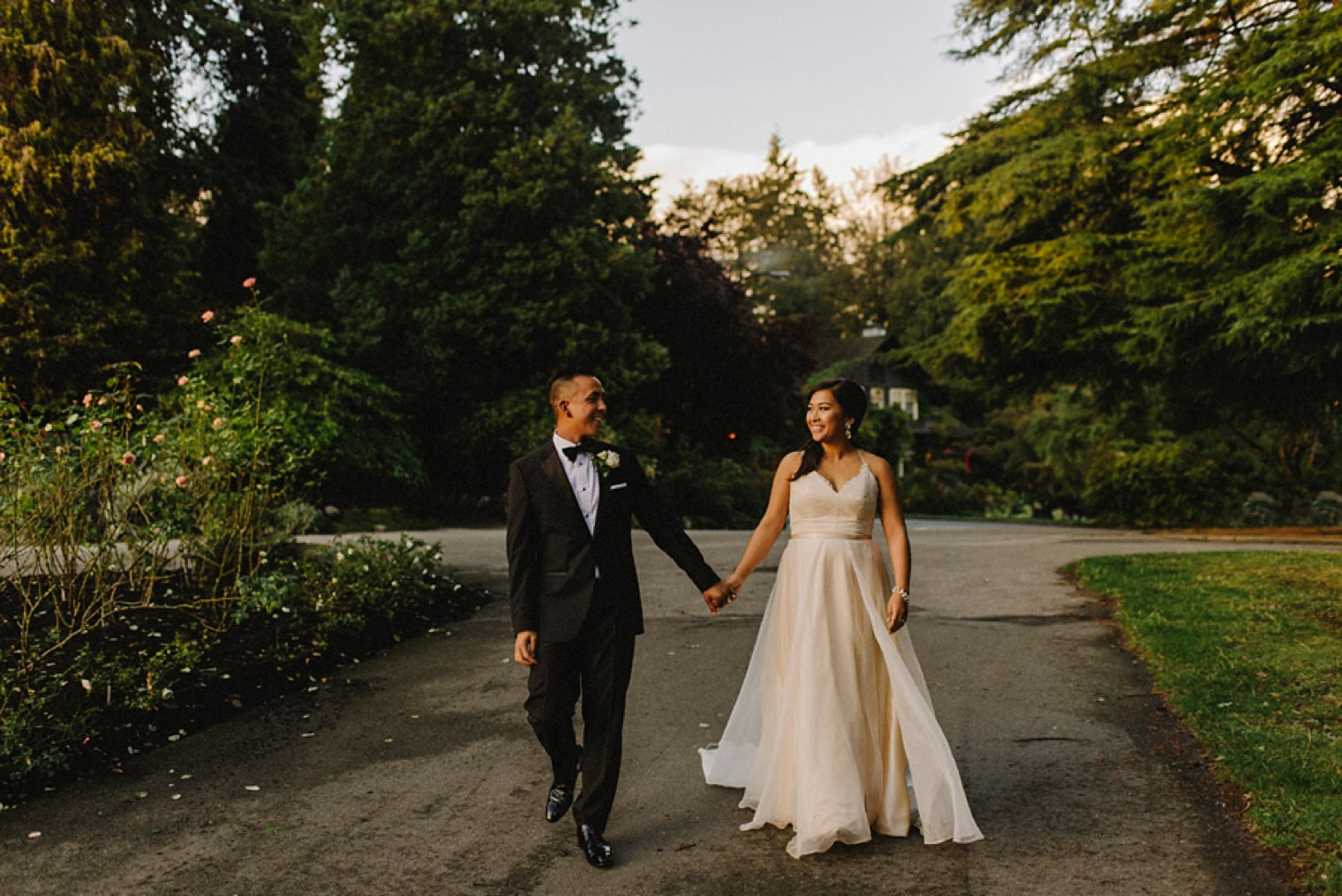 best stanley park wedding portrait