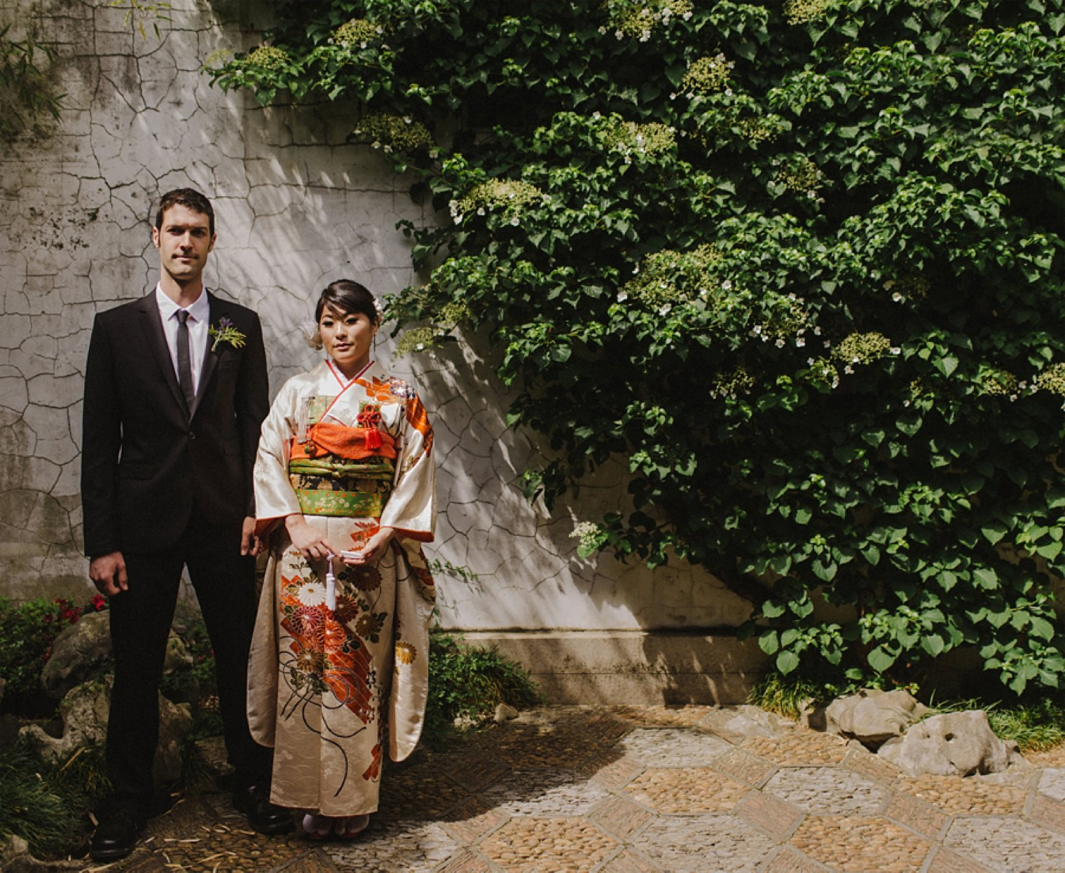 unique vancouver chinese garden wedding