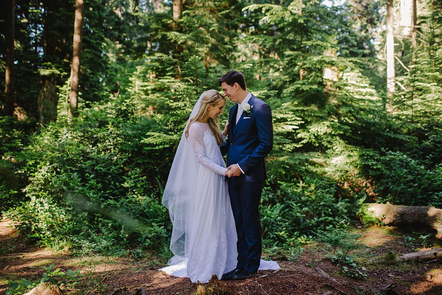 stanley park forest wedding photos