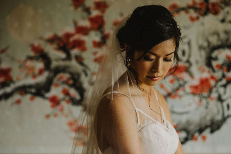 vancouver chinese bride getting ready