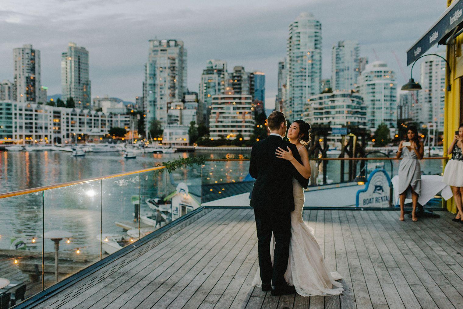 unique bridges restaurant wedding