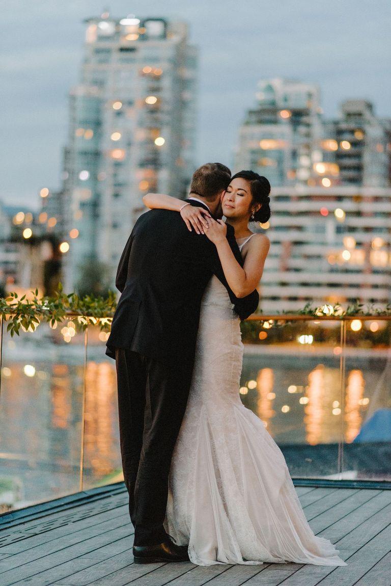 first wedding dance at bridges restaurant