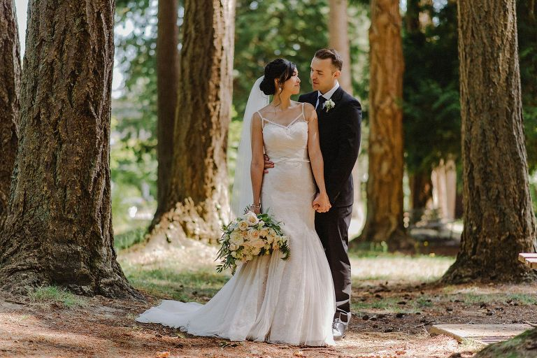 wedding portraits in vancouver park