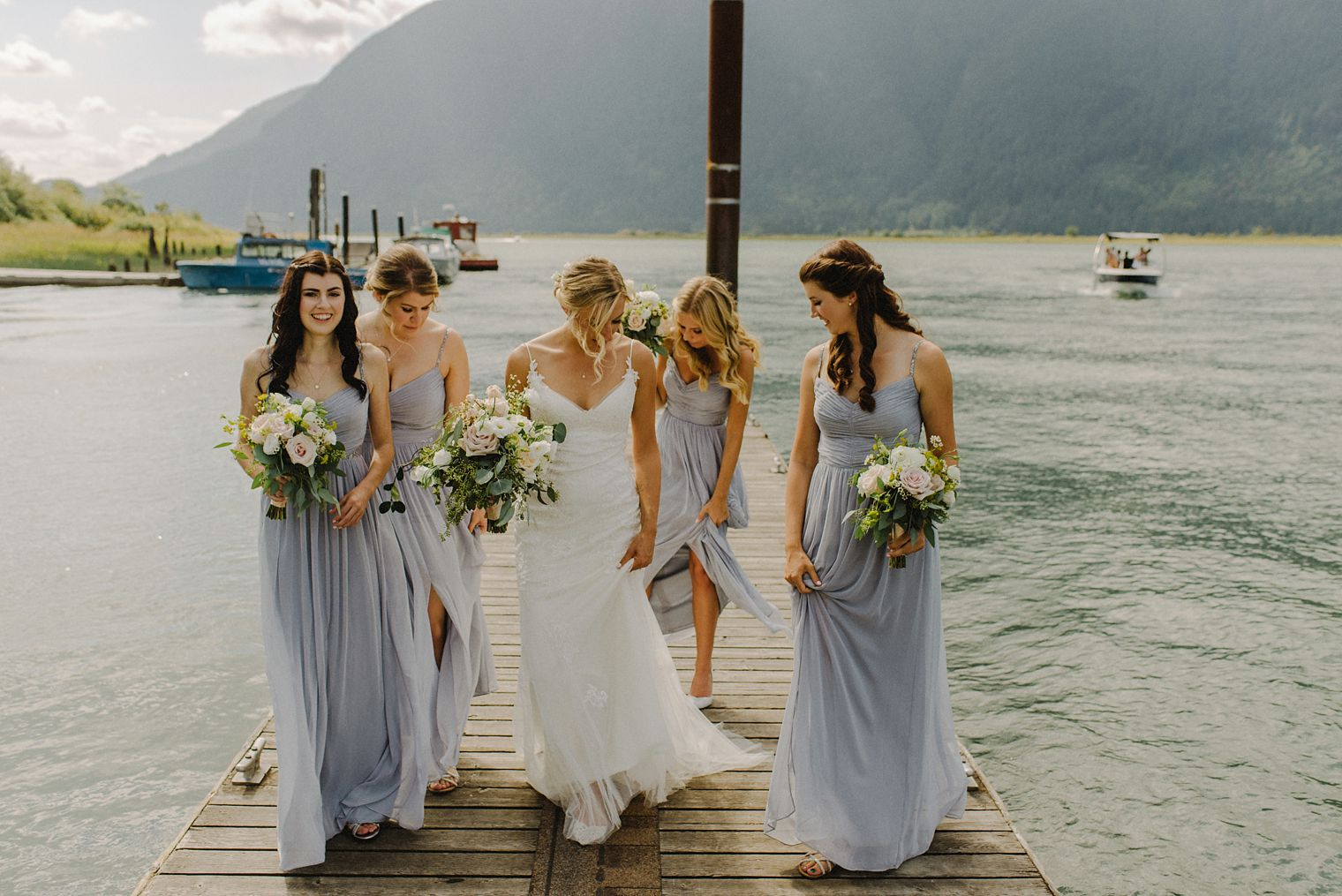 candid pitt lake wedding photos