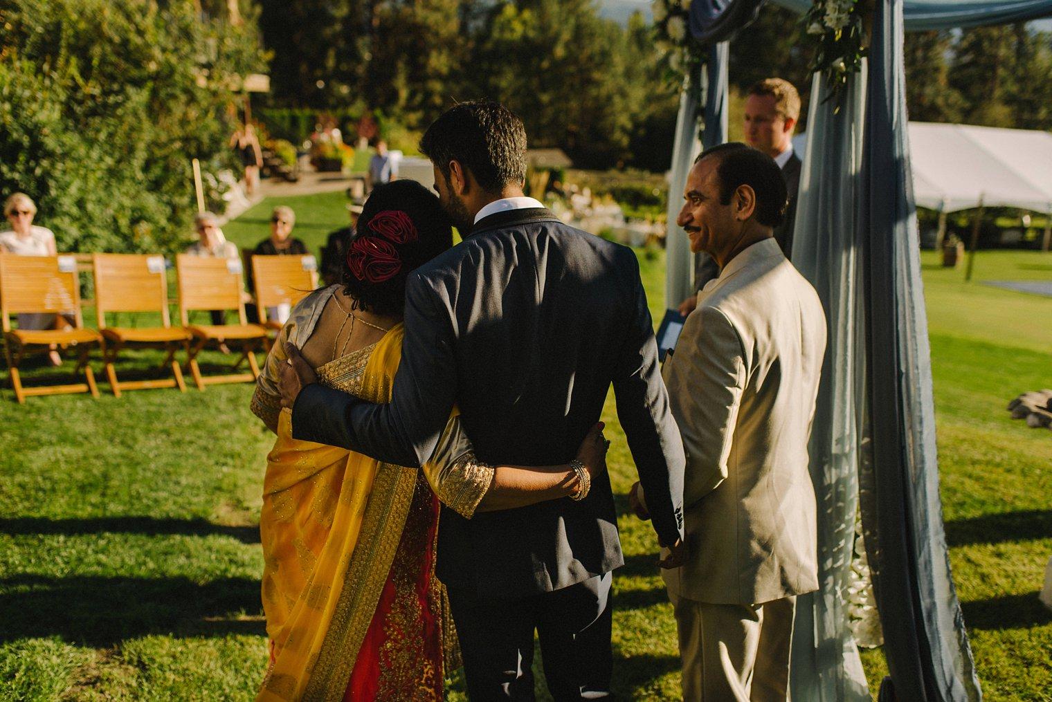 outdoor indian wedding in kelowna