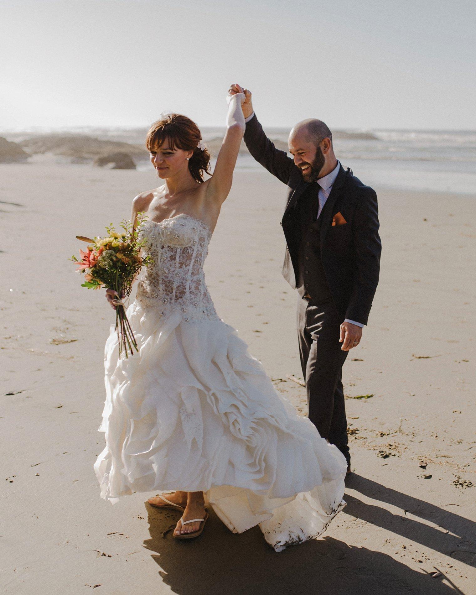 ucluelet wedding photographer