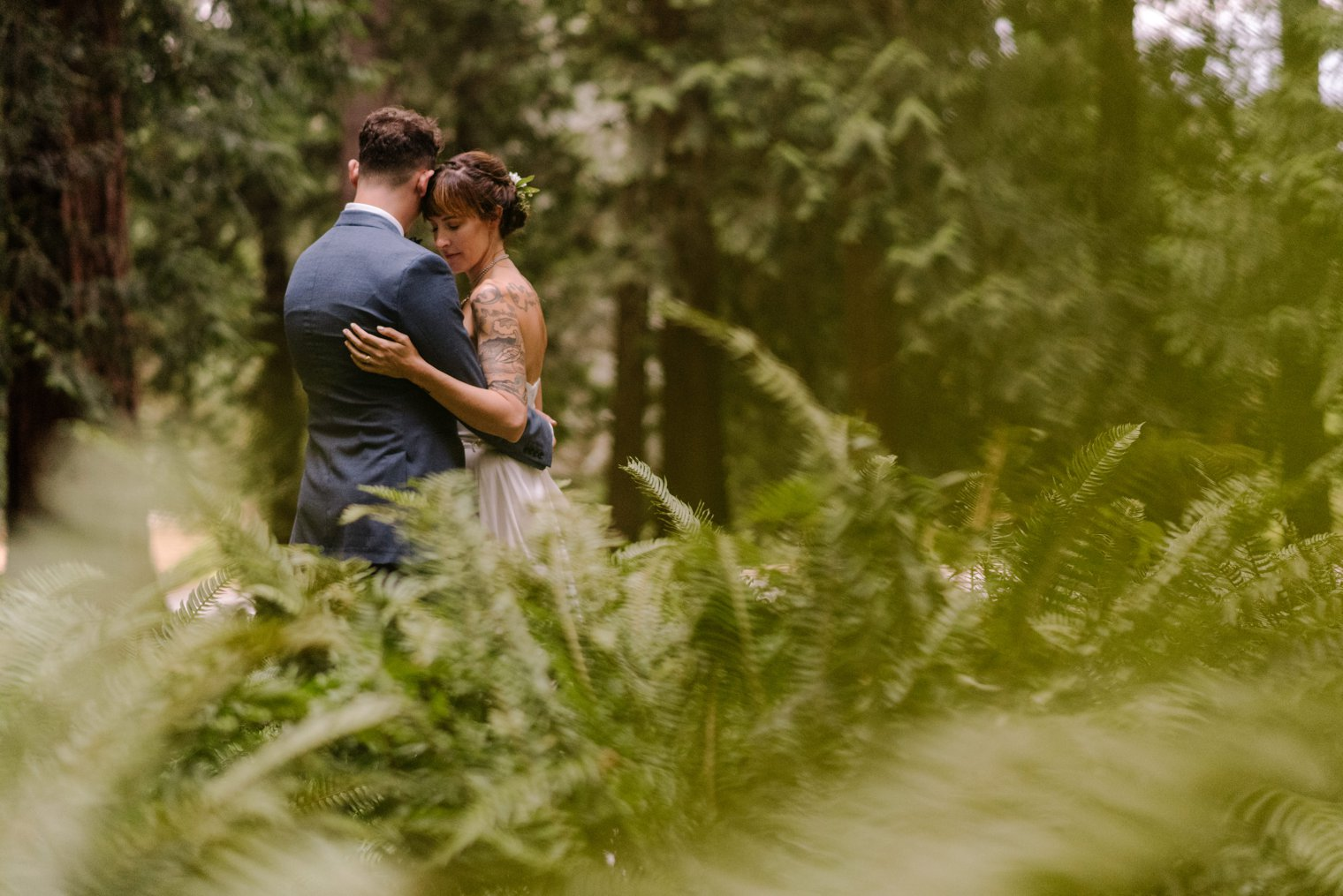 intimate wedding in queen elizabeth park in vancouver