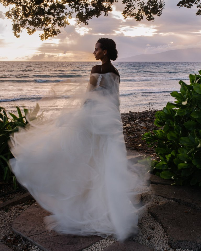 portrait of bride at olowalu plantation house on maui