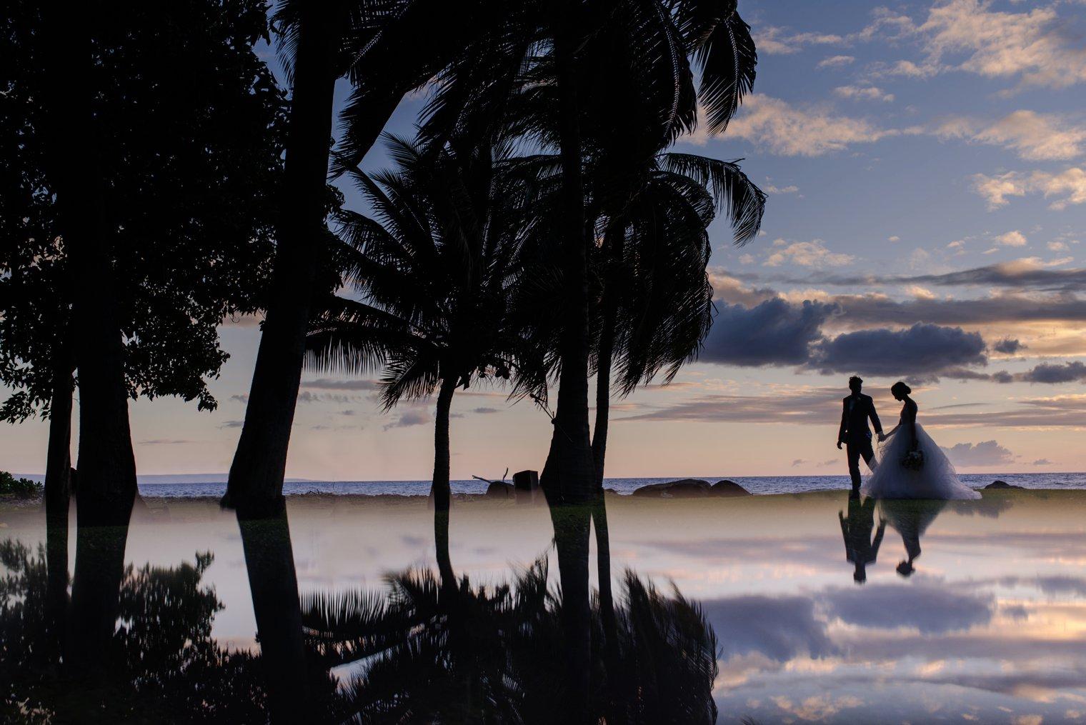 unique olowalu plantation house wedding photos