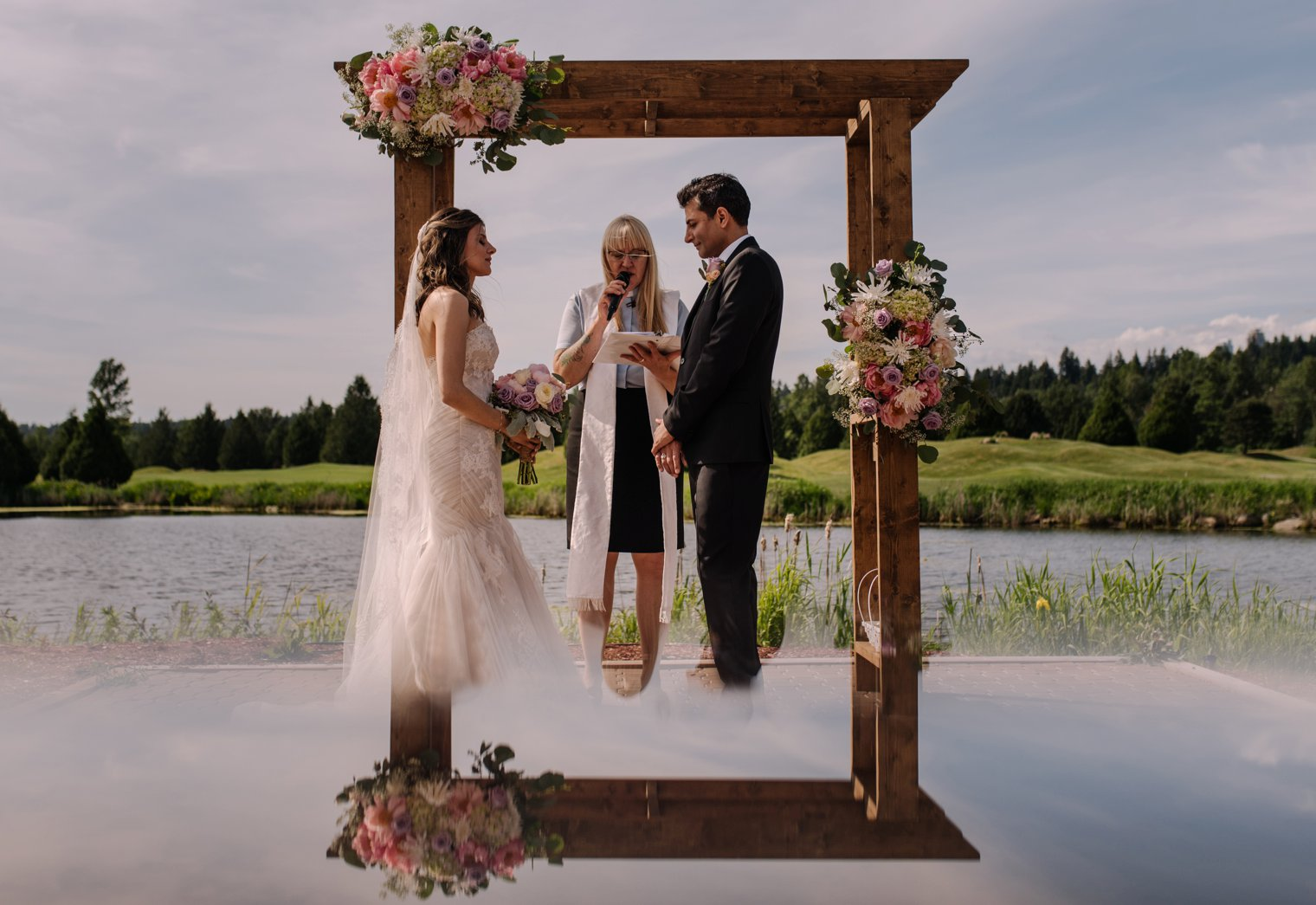best vancouver golf club outdoor wedding ceremony venue