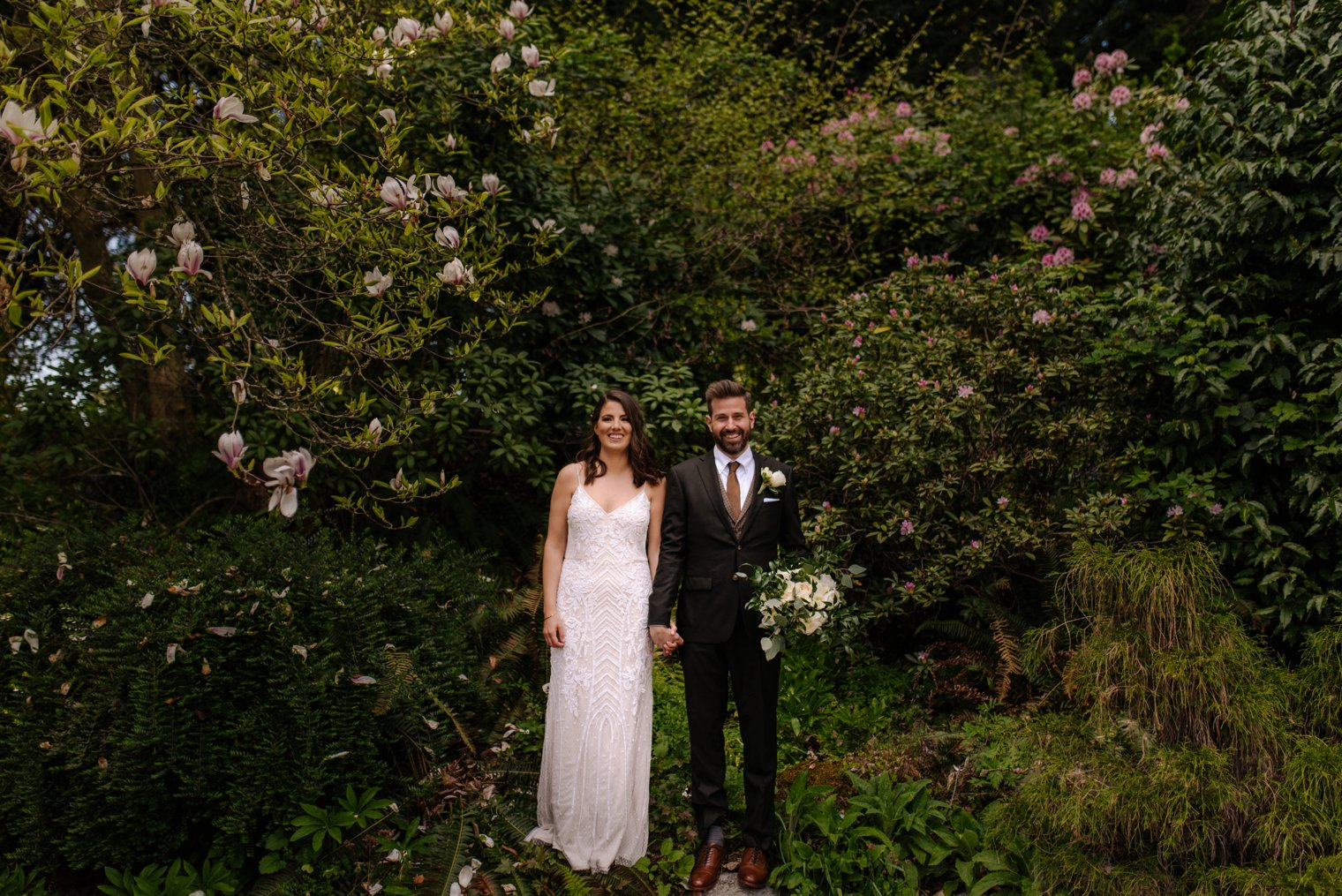 unique stanley park wedding photos
