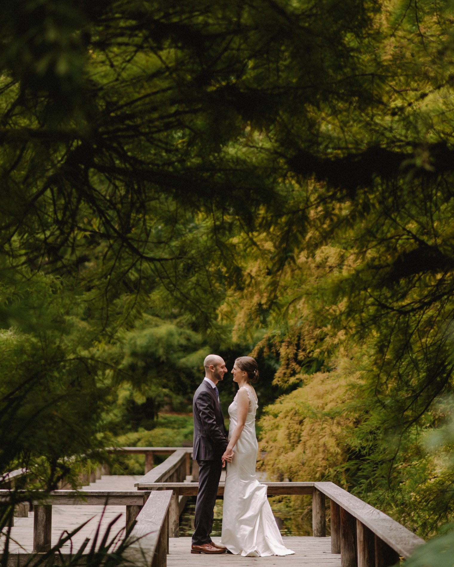 vandusen botanical garden wedding photos