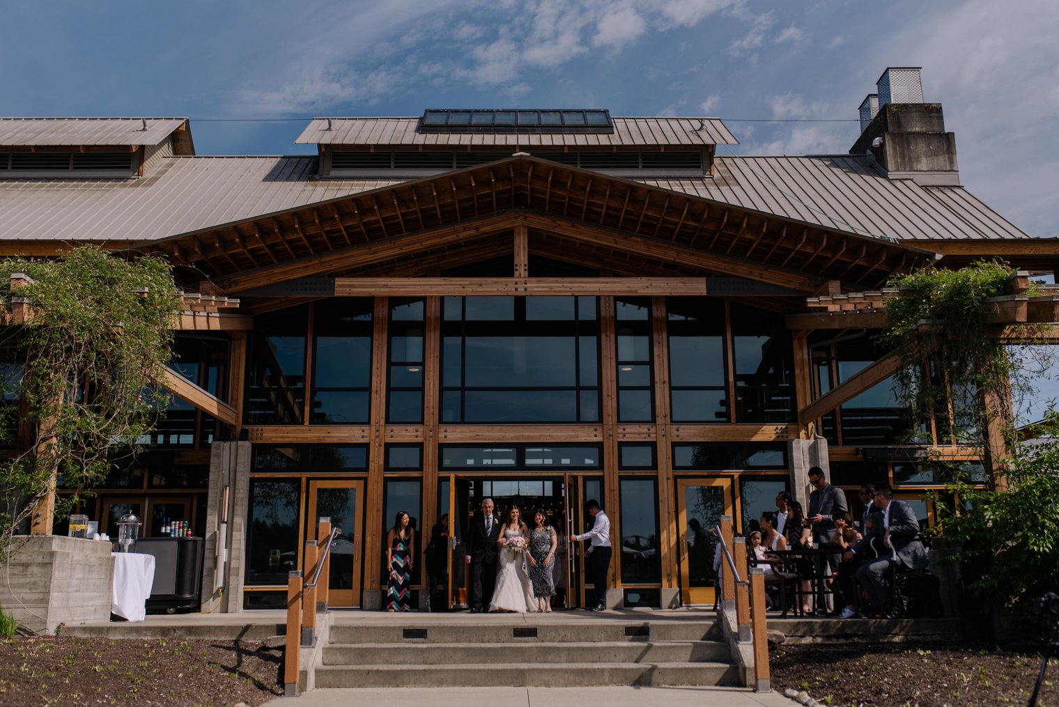 outdoor wedding ceremony at riverway clubhouse in vancouver