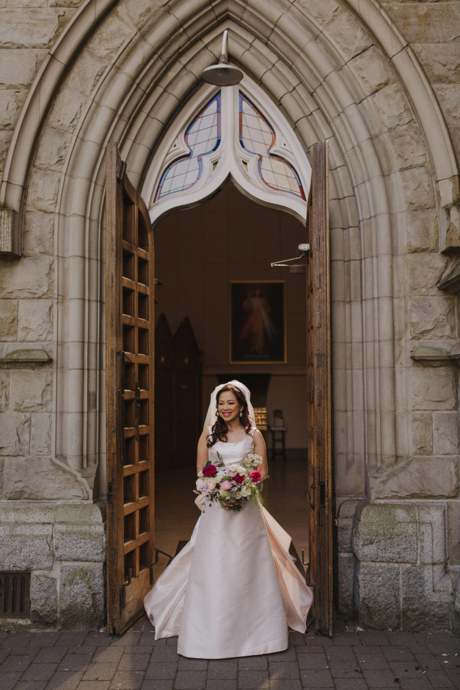 unique holy rosary cathedral wedding in vancouver
