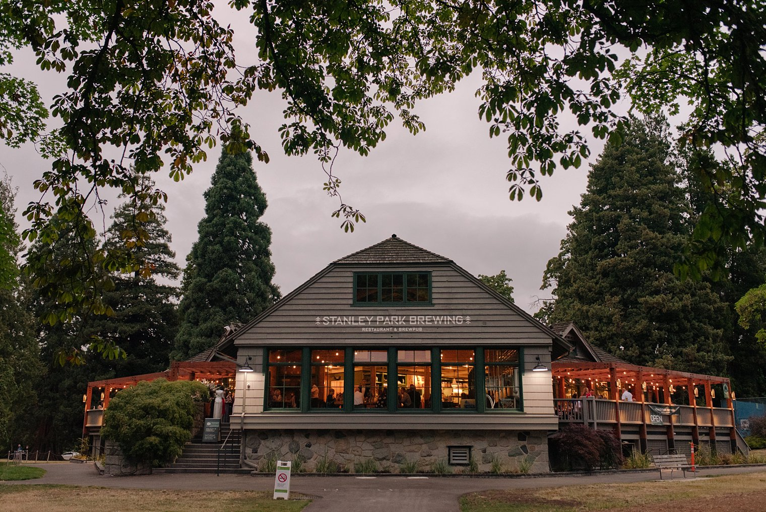 stanley park brewing wedding