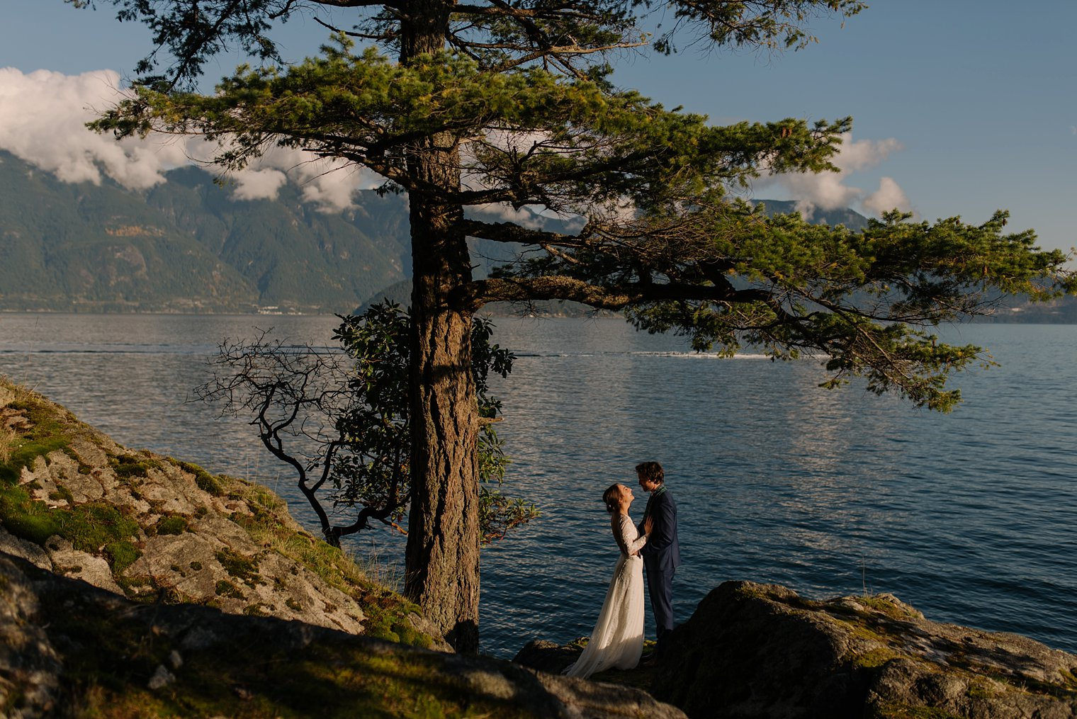 unique gambier island wedding
